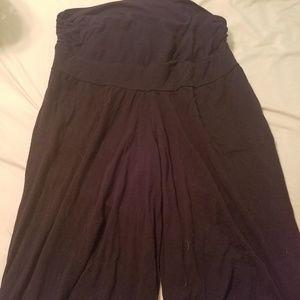 Old navy maternity knit gaucho pants